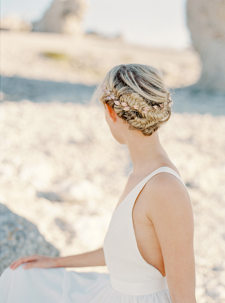 nätt hårsmycke till bröllop i roseguld the wild rose accessories